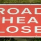 clipart road closed sign